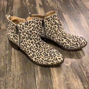 Lucky Brand leopard booties SZ 9.5